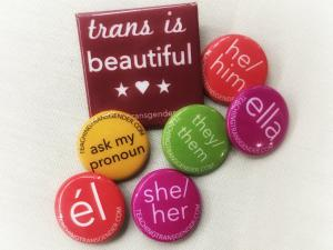 Buttons with different pronouns on them